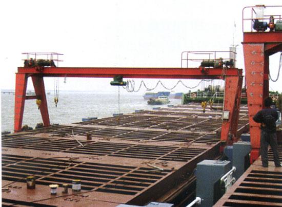 船用门式舱盖吊—海泰重工