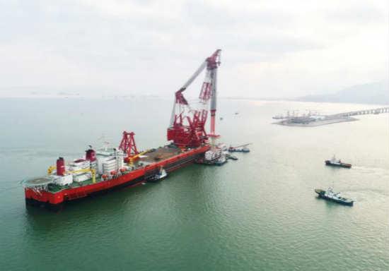 振华重工《12000吨全回转起重船关键技术研发》项目获得上海科技进步奖一等奖
