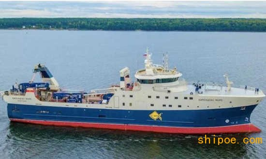 俄罗斯首艘新一代底拖网渔船Barents Sea在俄罗斯船厂交付