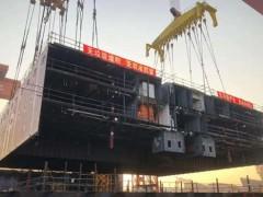 外高桥造船:首制大型邮轮首个超宽总段N2完成移位搭载