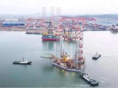 威海金陵承修的海洋石油921平台下驳收官