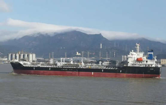 馬尾造船一艘13600噸油化船順利交付