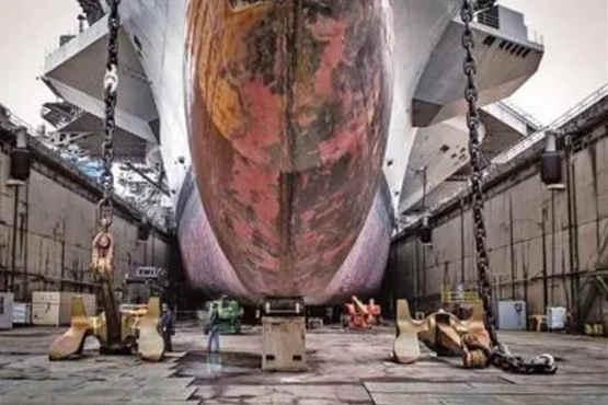 美国造船厂日益衰退难负重任 流失超过2万名技术工人